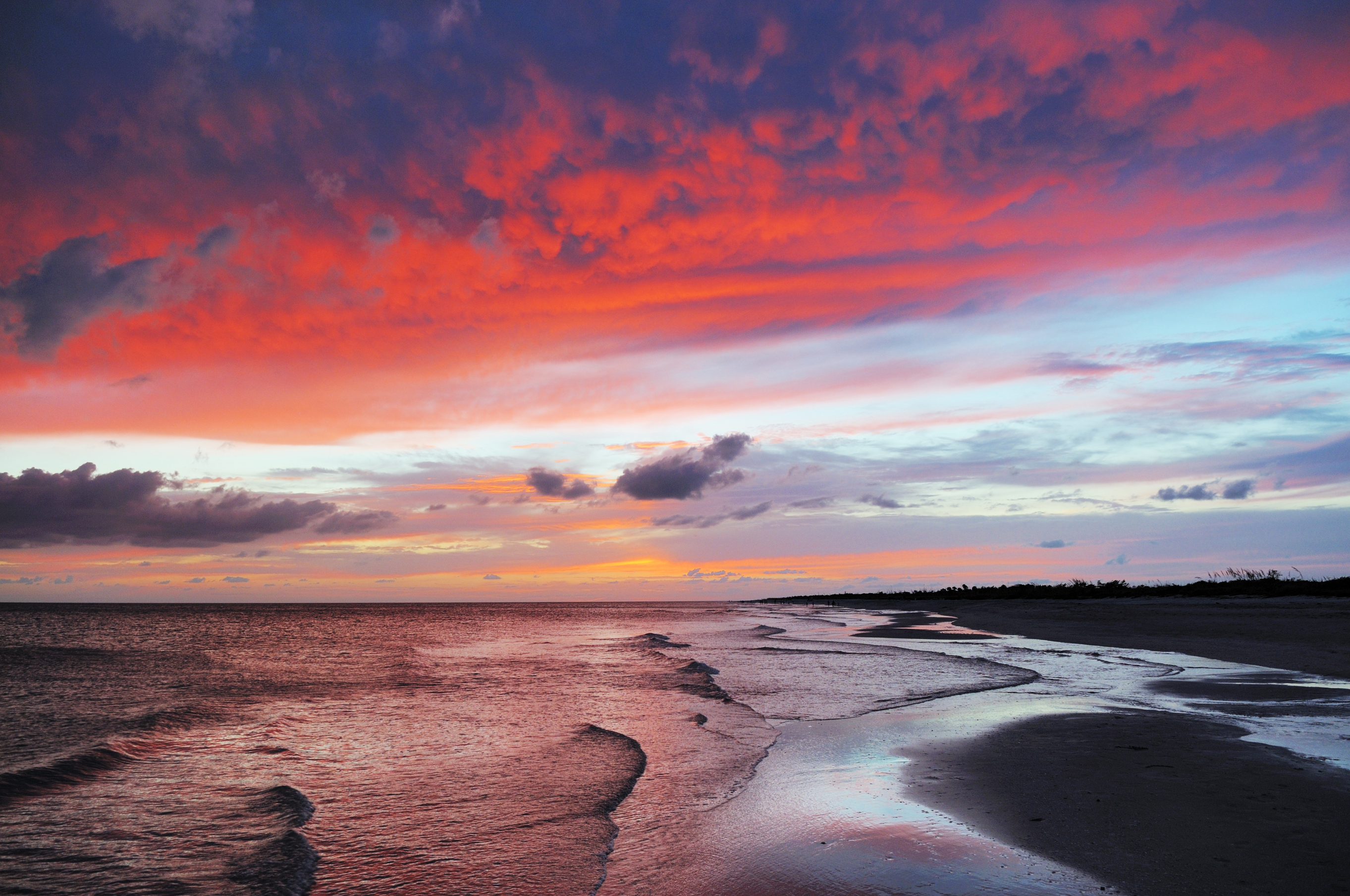 Dramatic Colorful Sunset Sky At Bowman Beach Sanibel